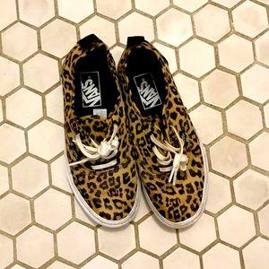 Vans Leopard Print Authentic Size 6.5